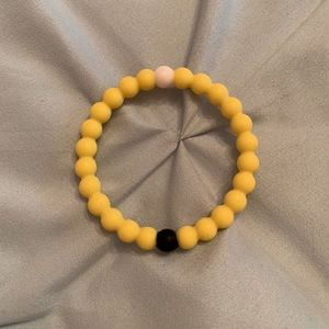 Yellow lokai